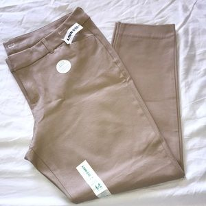 Old Navy Pixie Ankle Length Pants